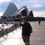 Random image: 2007/06/27 - Me and Sydney Opera House