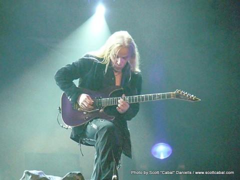 Emppu Guitar Solo
