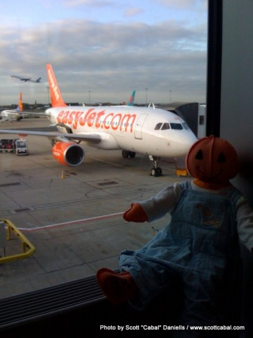 Icky at Gatwick Airport with our plane