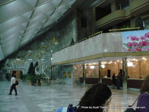 The lobby of the Yanggakdo Hotel