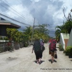 Random image: 2012/02/04 - Walking to catch our ride