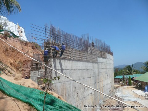 Builders at the Big Buddha