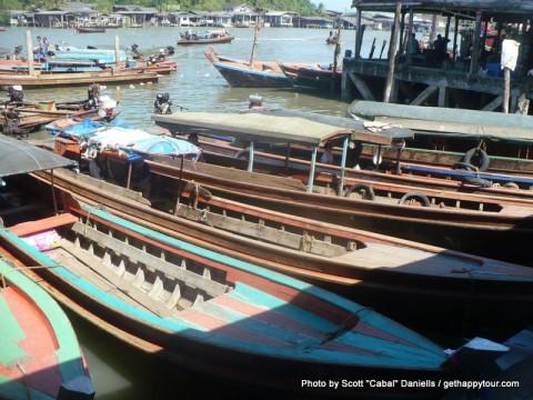 Shuttle boats