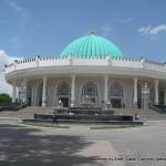 Random image: 2015/05/24 - Walking around Tashkent